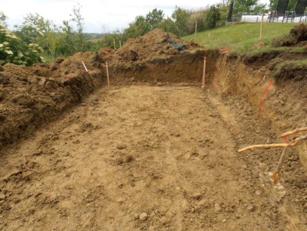 Terrassement et préparation des fouilles du filtre planté 21eh